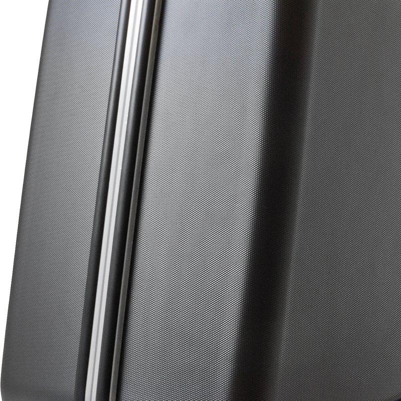 Umlaufender Aluminiumrahmen mit Stoßkantenschutz