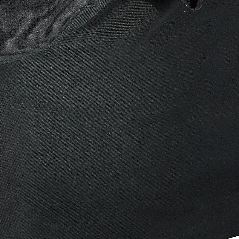 Aus strapazierfähigem Polyester